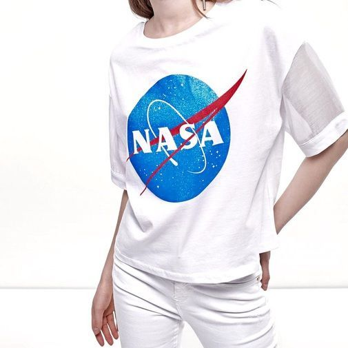 Camiseta Nasa Stradivarius es